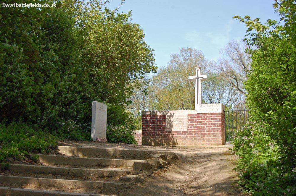 Mametz, Devonshire Cemetery And War Poets : World War One
